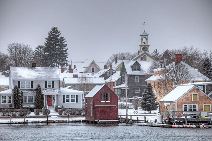 snow-covered homes in Portsmouth, New Hampshire
